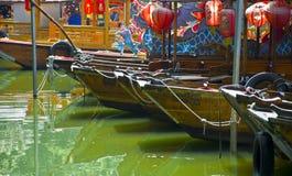 小船在广州公园  库存图片