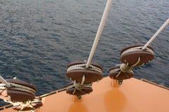 小船在海运 免版税库存图片