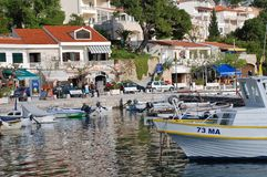 Brela港口,克罗地亚 免版税库存图片