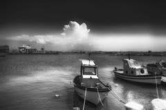 小船在特拉帕尼港口  免版税库存照片