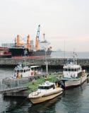小船在端口停泊了 库存照片
