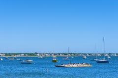 小船在Hyannis口岸港口 免版税库存图片