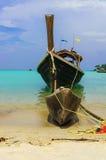 小船在Moo酸值surin海岛, Phang Nga,泰国 免版税图库摄影