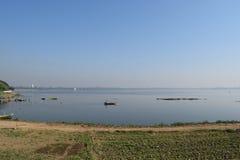 小船在Taungthaman湖Amarapura,曼德勒,缅甸 库存照片