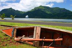 小船塔希提岛 免版税库存图片
