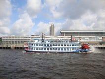小船密西西比,易北河 德国汉堡 免版税库存照片