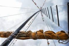 小船帆柱船 免版税库存照片