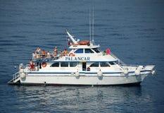 小船开曼群岛浏览 图库摄影