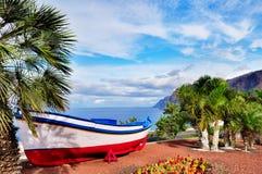 小船捕鱼传统被绘的tenerife 免版税库存照片