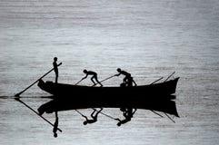 小船捕鱼剪影 库存图片