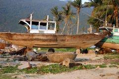 小船捕鱼越南 库存图片