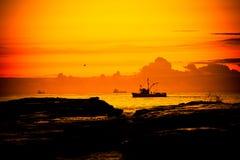 小船捕鱼wollongong 库存图片