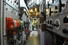 小船控制室潜水艇u11 库存照片