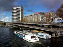 小船旅行在阿姆斯特丹 免版税图库摄影