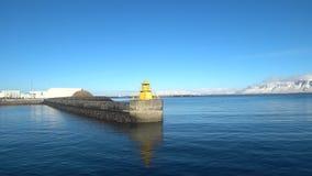小船旅行海景在冰岛4k 股票录像