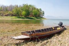 小船木柏的沼泽 免版税库存照片