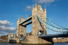 小船桥老伦敦 免版税库存照片