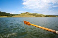 小船桨划船 免版税库存图片