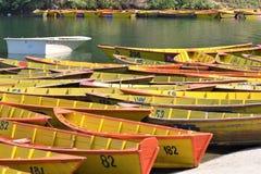 小船汇集在博克拉 库存照片