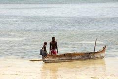 小船海湾的印度洋, Nosi渔夫是,马达加斯加11月 库存照片
