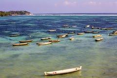 小船海草收集者, Lembongan,印度尼西亚 免版税库存图片