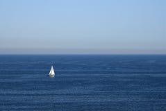 小船海洋 免版税库存照片