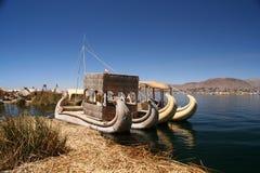 小船湖titicaca 免版税库存照片
