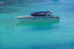 小船热带海运的速度 图库摄影
