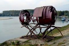 小船由金属制成 免版税库存照片