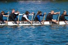 小船的划船者 免版税库存照片