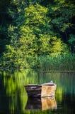 小船的反射 免版税图库摄影