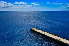 小船的浮船船坞 库存图片