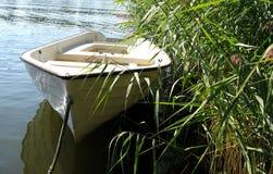 小船短的行程 免版税库存图片