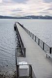 小船码头在Tahoe湖 免版税库存图片