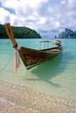小船穿上ko长的发埃泰国 库存照片