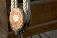 小船绳子 免版税库存照片