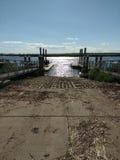 小船舷梯, Hackensack河,新泽西,美国 库存照片