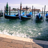 小船船坞在威尼斯 库存图片