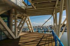 小船船坞在Parque das Nacoes在里斯本 免版税图库摄影