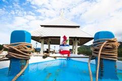 小船船坞的绳索边缘 免版税库存照片