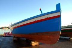 小船色的捕鱼 库存图片