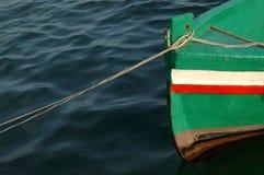 小船色的捕鱼 库存照片
