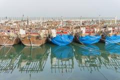 小船被中断的捕鱼 库存图片