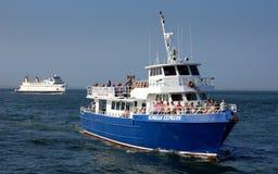 小船轮渡海岛长的声音 库存图片