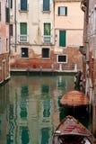 小船运河意大利威尼斯 免版税库存图片