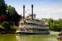 小船迪斯尼乐园密西西比巴黎 免版税库存照片