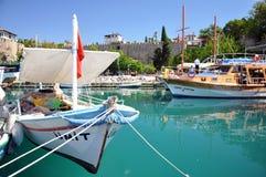 小船钓鱼地中海 库存图片