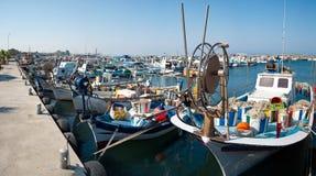 小船钓鱼海港 免版税库存图片