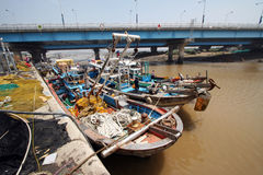 小船钓鱼 免版税图库摄影