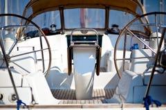 小船风帆轮子 免版税库存照片